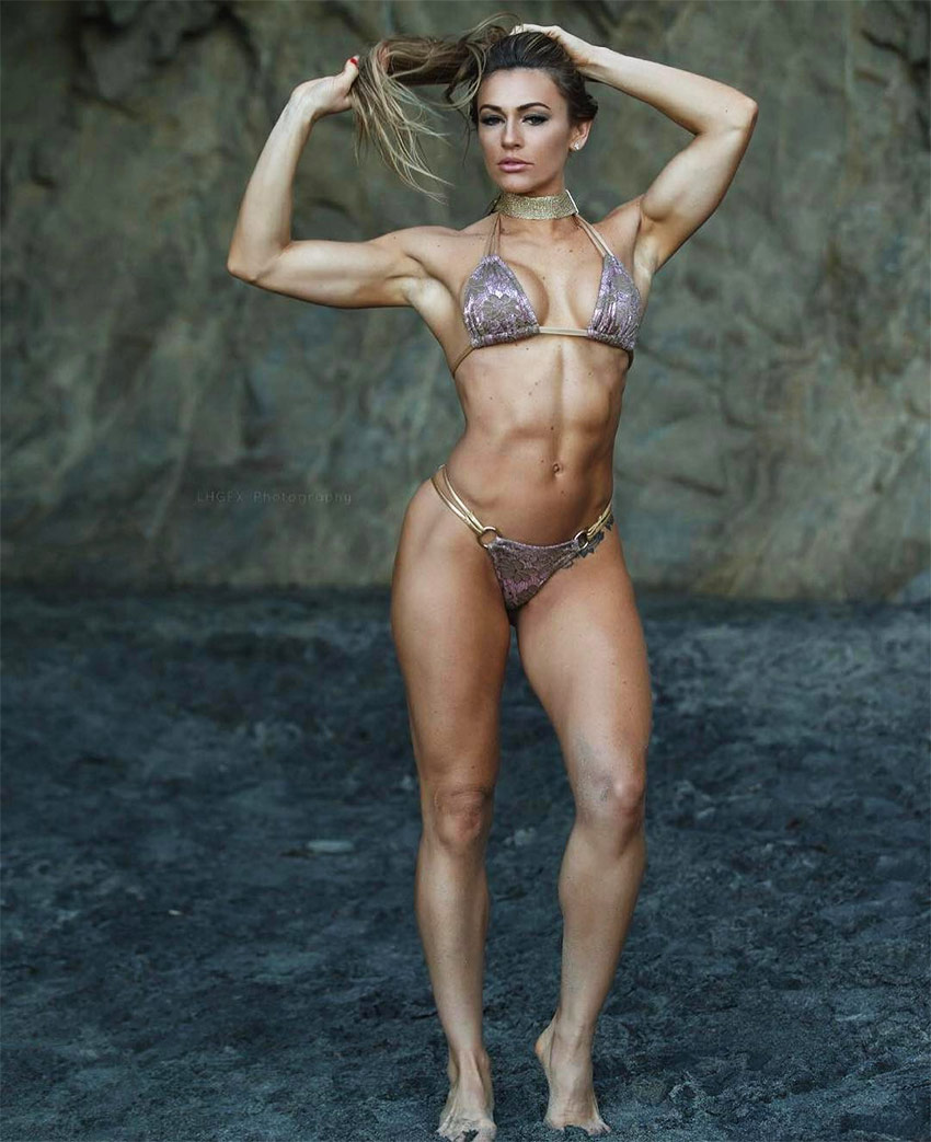 Caroline Campos 6