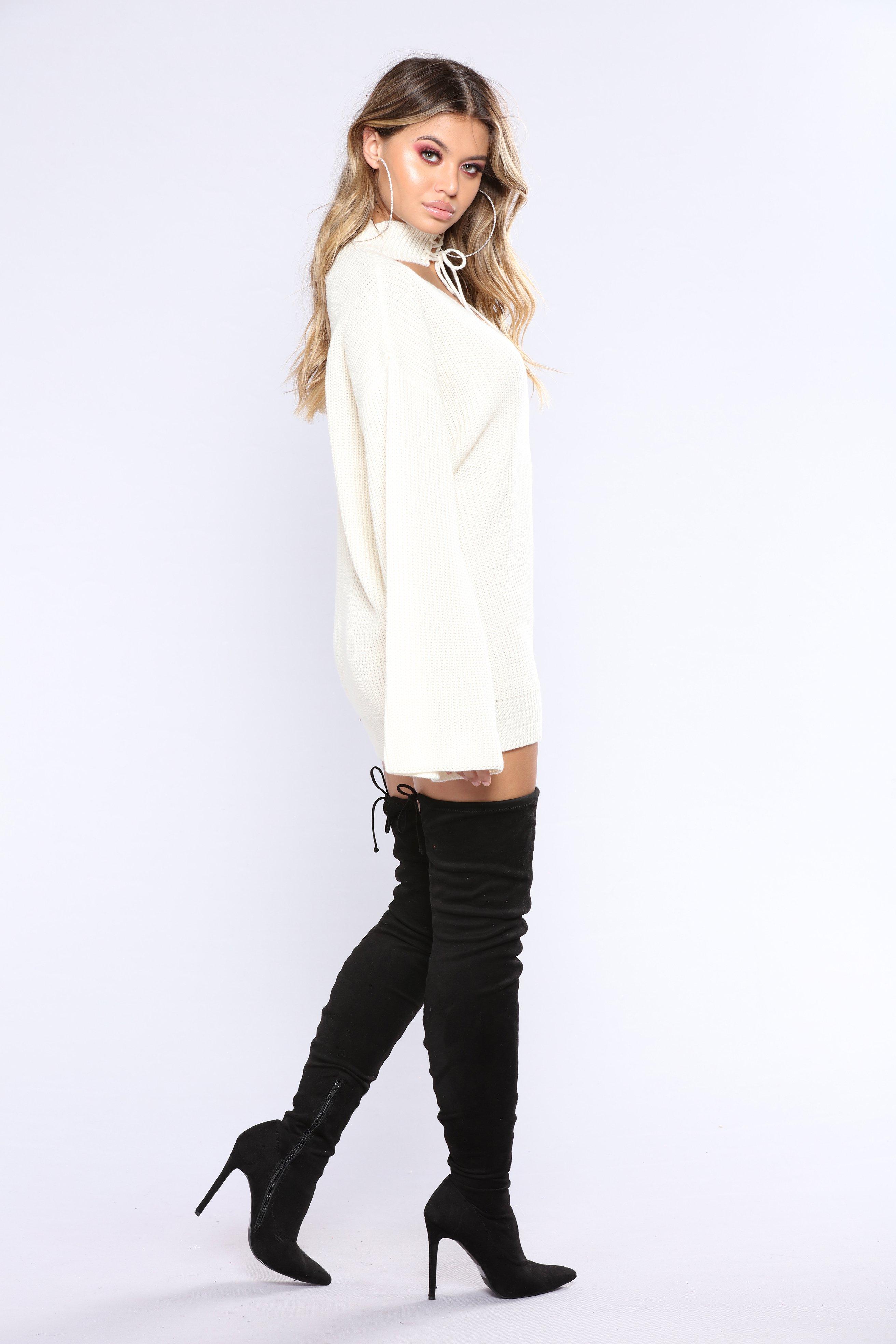 Sofia Jamora.  Fashion_Nova_11-22-17_Studio_2-661