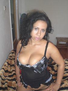Arab-Mom-Private-Pics-%2851-foto%29-l6x5gdoxz7.jpg