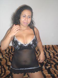 Arab-Mom-Private-Pics-%2851-foto%29-v6x5ge4i00.jpg