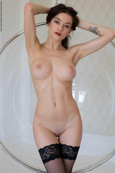 VANDA MEY (Met-Art,EroticBeauty,Goddessnudes) ETERNALDESIRE (Tessa S) HEGRE-ART (Arina) WATCH4BEAUTY (Arina) [Nude Teen Bigtits] [4154 x 6165 2000 x 3000 8708 x 11608, 2.379 фото]